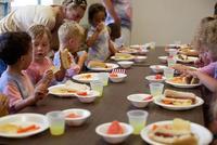Las grasas son importantes en la dieta infantil: aprende a evitar su consumo inadecuado
