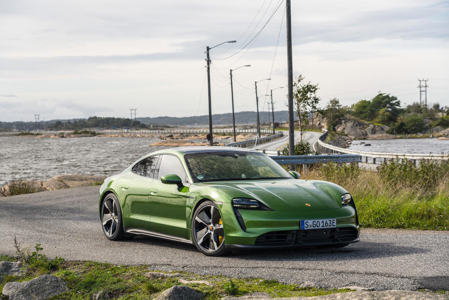 Foto de Porsche Taycan prueba contacto (257/275)