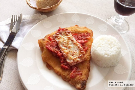 Receta de milanesa a la napolitana, una vuelta de tuerca elegante al empanado de toda la vida