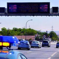 La DGT recuerda el peligro de sucumbir al efecto manada y pide respetar los límites de velocidad