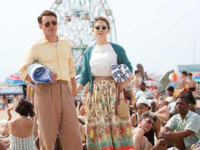Saoirse Ronan, una chica enamorada en la película 'Brooklyn'. Analizamos su vestuario
