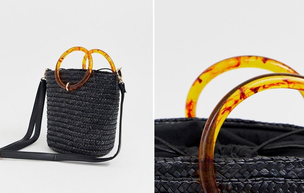 Bolso bombonera negro de paja con asa de resina de New Look