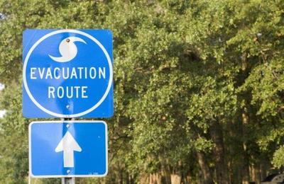 ¿Cómo actuar en caso de huracán durante el viaje?