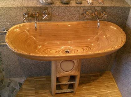 Piezas de baño en madera de Flowood