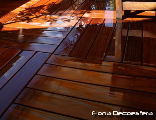 Diario de a bordo instalamos suelo de madera en la terraza for Losetas madera terraza