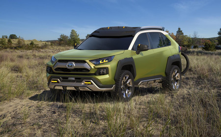Este Toyota FT-AC Concept es un prototipo conectado y listo para cualquier aventura off-road
