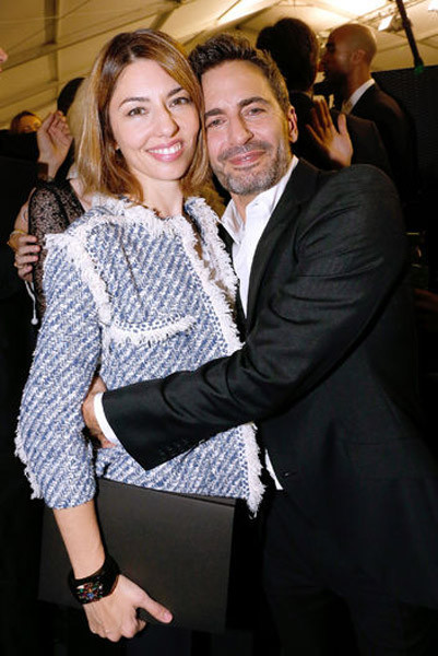 Sofia Coppola entre los asistentes al último desfile de Marc Jacobs para Louis Vuitton