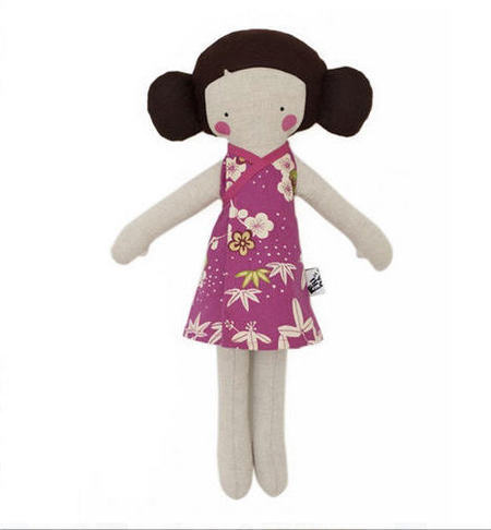 Muñeca embarazada rosa