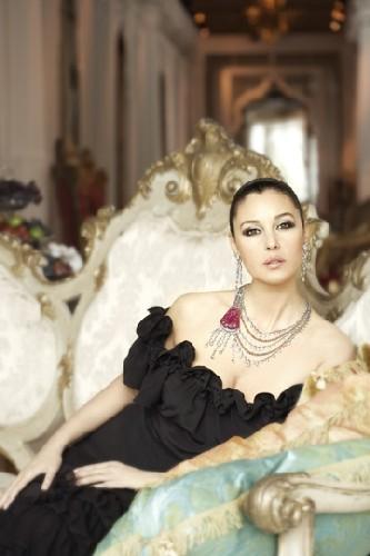 Monica Bellucci en la nueva campaña de Cartier, Inde Mystérieuse