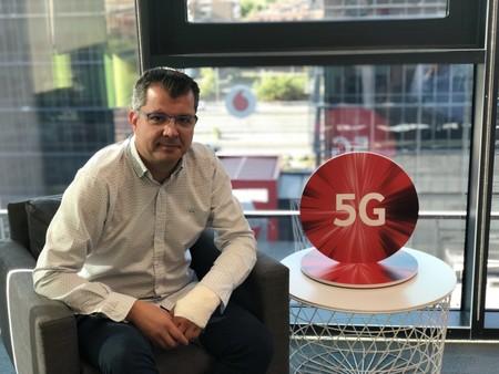 """""""5G NSA no es un falso 5G"""", entrevistamos a Javier García, director de red de Vodafone"""