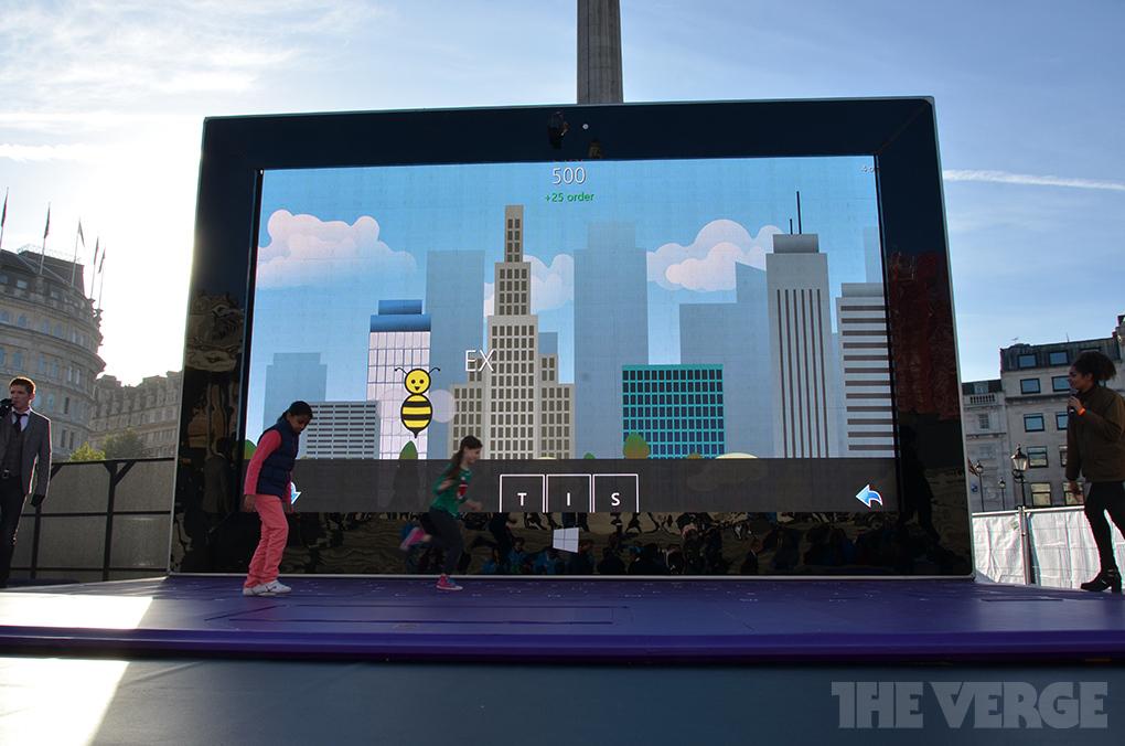 Foto de Microsoft Surface 2 gigante (1/7)