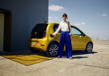 Volkswagen E Up 2020 3