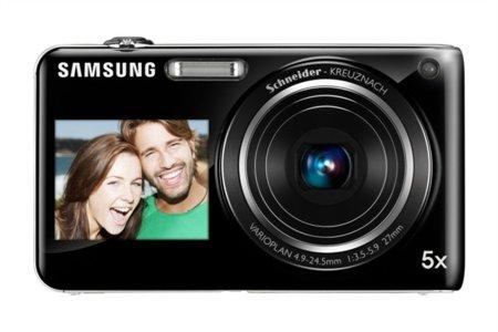 La Samsung ST600 presume de ser todo pantalla por delante y detrás