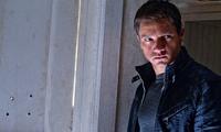 Taquilla USA: Batman deja paso al legado de Bourne