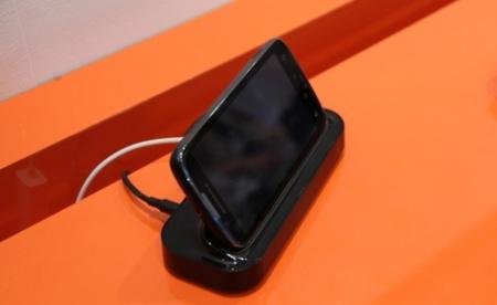 ubuntu for android teléfono dock