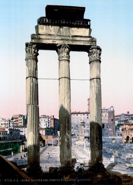 Ruinas Del Templo De Castor Y Polux