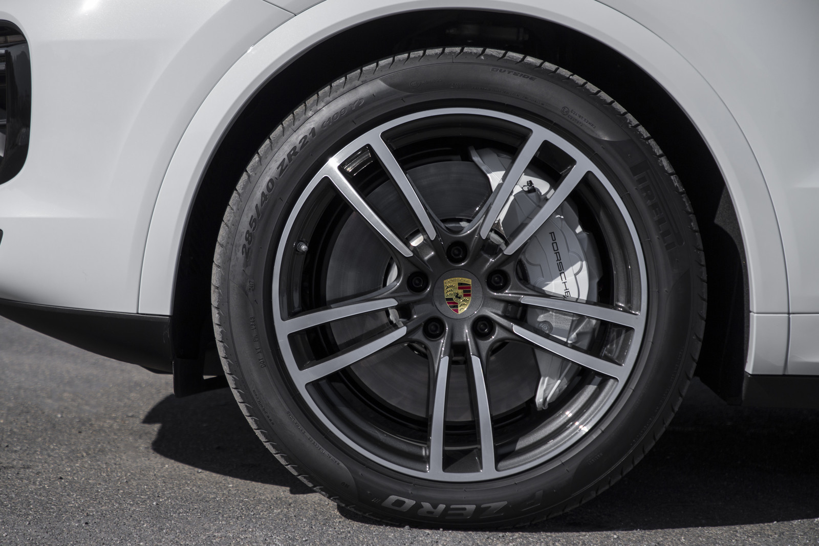 Foto de Porsche Cayenne Turbo 2018 (64/71)