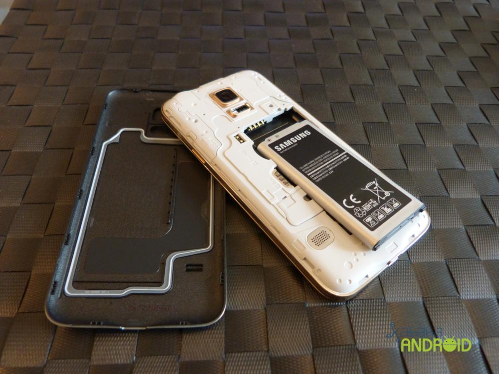 Foto de Samsung Galaxy S5 mini, diseño (3/19)