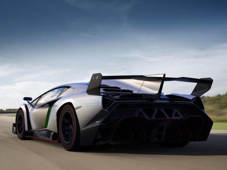 Lamborghini Veneno trasera