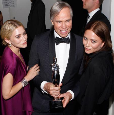 Las gemelas Olsen triunfan en los CFDA Awards 2012