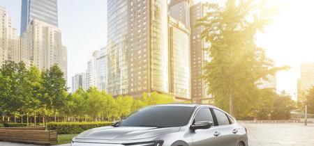El Honda Insight Prototype es un Civic Hybrid en el cuerpo de un Accord... y sí, rival del Prius