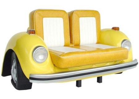 escarabajo sofá amarillo