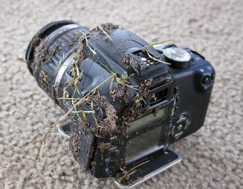 Foto de Una Canon EOS 350D que sobrevive a una caída de 900 metros (3/5)