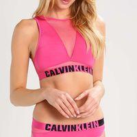 Top Calvin Klein rebajado un 55%, ahora en Zalando por 15,75 euros y los gastos de envío gratuitos
