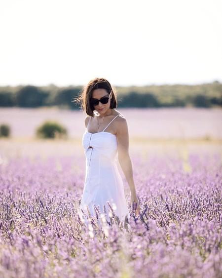 Tamara Falcó tiene el vestido blanco perfecto para lucir todo el verano: sencillo, sofisticado y fresquito