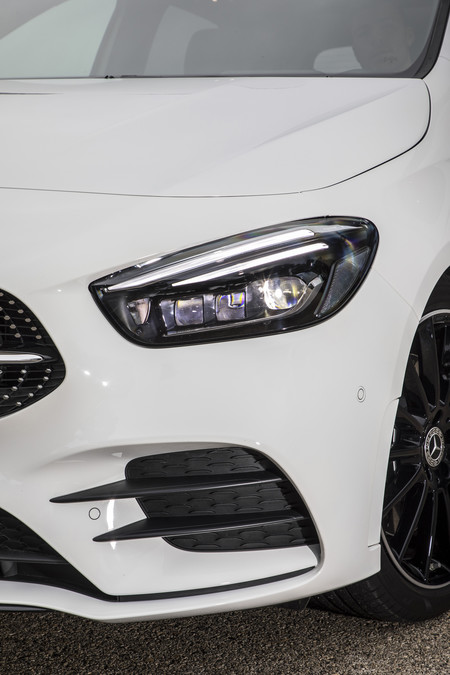 Mercedes Clase B ópticas