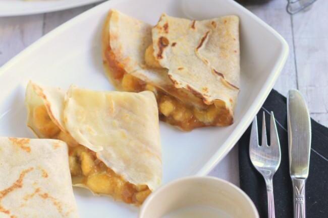 Crêpes de plátano y mermelada de albaricoque, receta rápida de postre