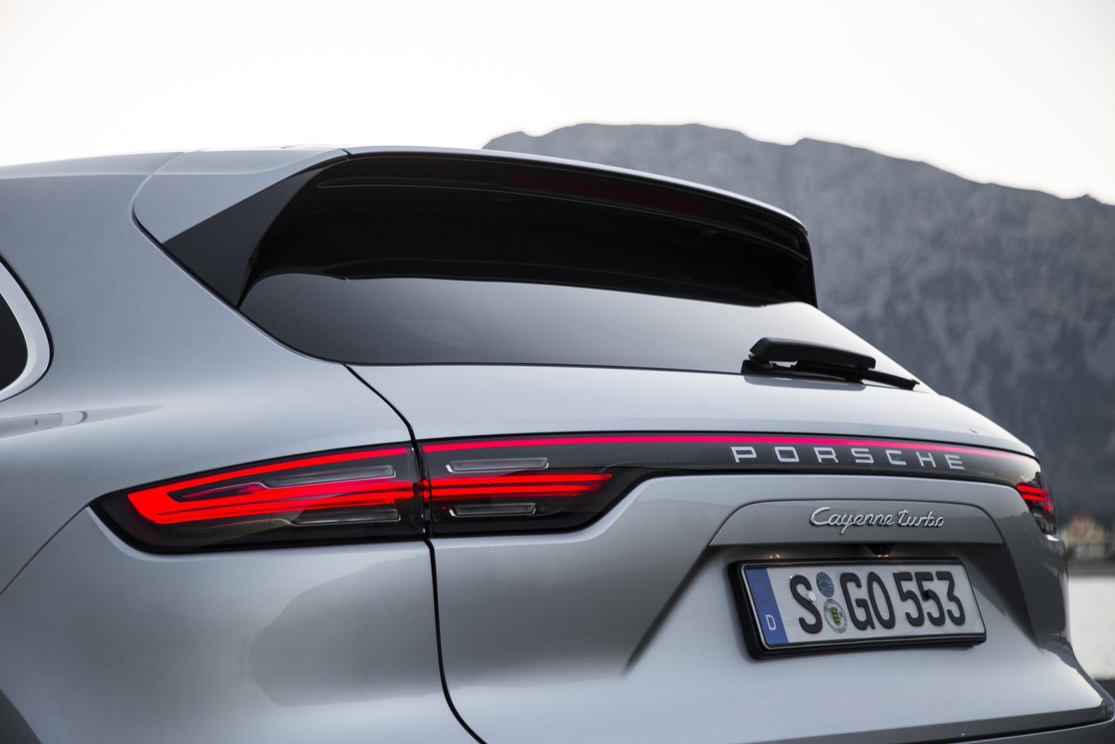 Foto de Porsche Cayenne Turbo 2018 (39/71)