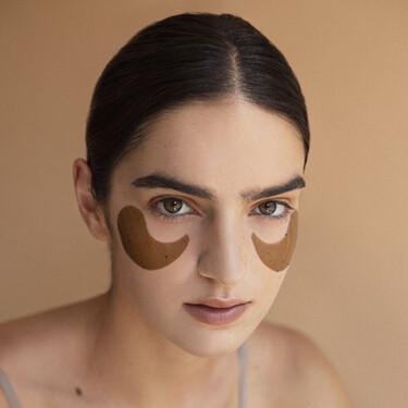 Así son los parches y el sérum para el contorno de ojos de Ondo Beauty 36.5, la nueva marca de cosmética coreana que completa nuestra rutina de belleza