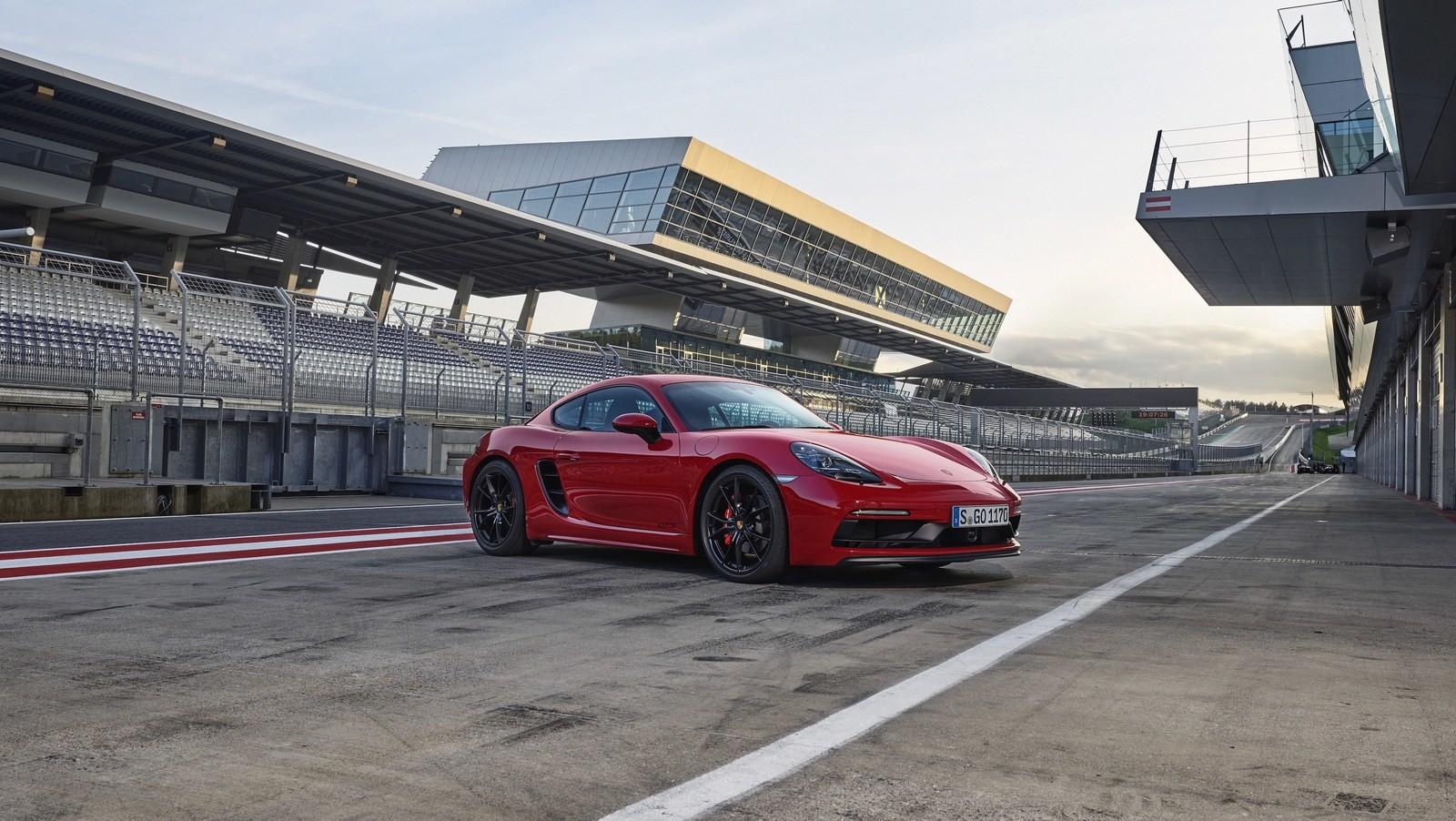 Foto de Porsche 718 GTS (14/16)