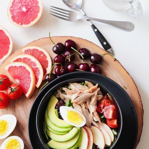 Estos son los nutrientes que más debes cuidar en tu dieta en esta temporada
