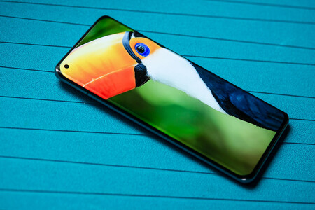 El nuevo flagship de Xiaomi cuenta con conectividad UWB y cámara debajo de la pantalla, según un conocido filtrador