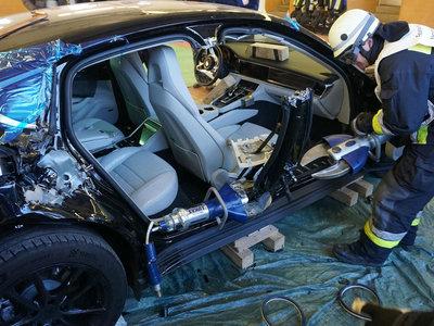 Abierto en canal: así ha terminado este Porsche Panamera, aunque por una buena causa