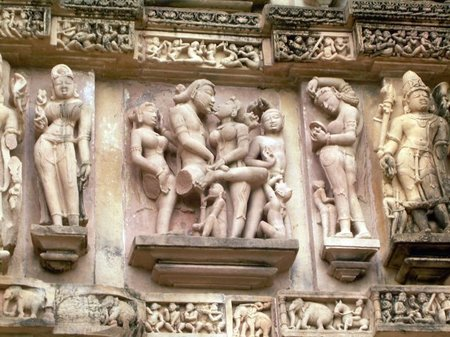 India: Kandariya Mahadev la estrella de los templos eróticos de Khajuraho