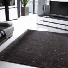 alfombras-con-detalles-de-cristales-de-swarovski