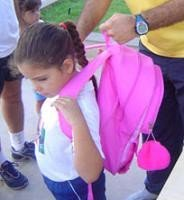 El peso de las mochilas escolares es regulado en Italia por Proyecto de Ley