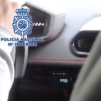 Detienen a un famoso youtuber por ir a 233 km/h en una vía de 80 km/h... a bordo de un Lamborghini prestado por un seguidor