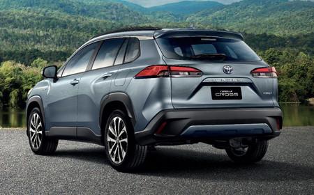 Toyota Corolla Cross 4b