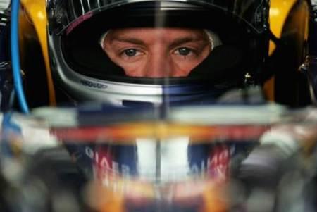 """Red Bull quiere """"atar"""" a Sebastian Vettel"""
