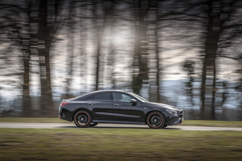 Foto de Mercedes-Benz CLA Coupé 2019, toma de contacto (187/248)