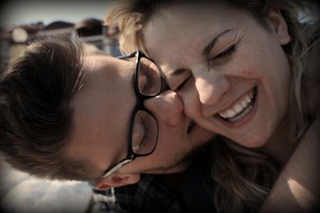 Según una encuesta, la felicidad está en el amor