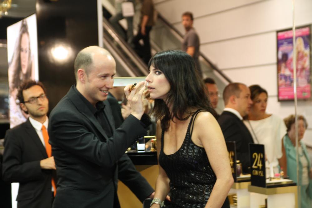 Foto de Maribel Verdú es la madrina del nuevo maquillaje de Yves Saint Laurent (10/13)