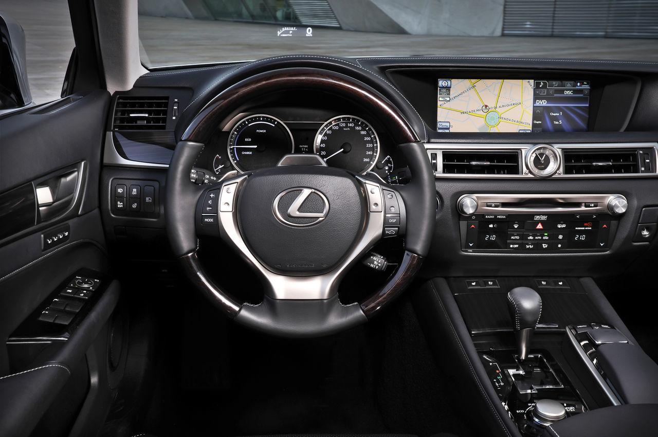 Foto de Lexus GS 450h (2012) (28/62)