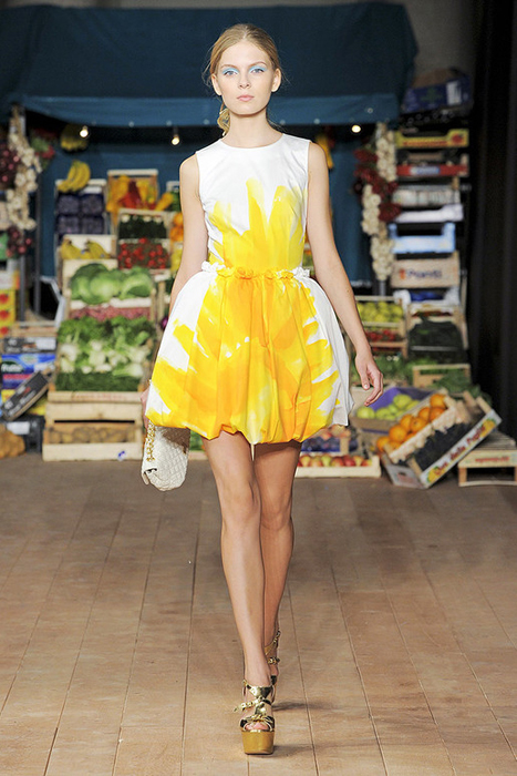 Foto de Moschino Cheap and Chic Primavera-Verano 2012 (28/28)