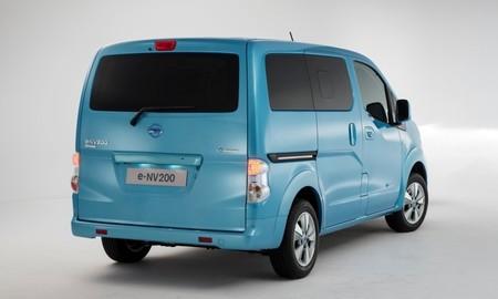 Nissan e-NV200 de pasajeros 02