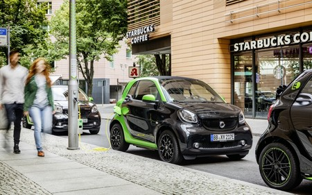 Smart Fortwo Electric Drive 2 01